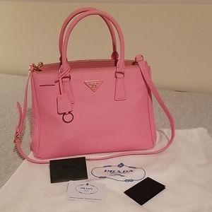 Petal pink Prada saffiano leather Galleria tote